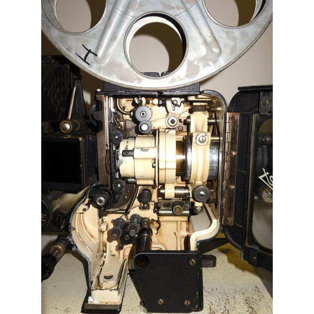 Motion Picture 35mm Theatre Projector 1922 Design, Complete Head Hollywood Relic For Sale - Image 4 of 11