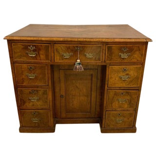Early 18th-19th Century George Ill Knee Hole Desk Writing Table For Sale