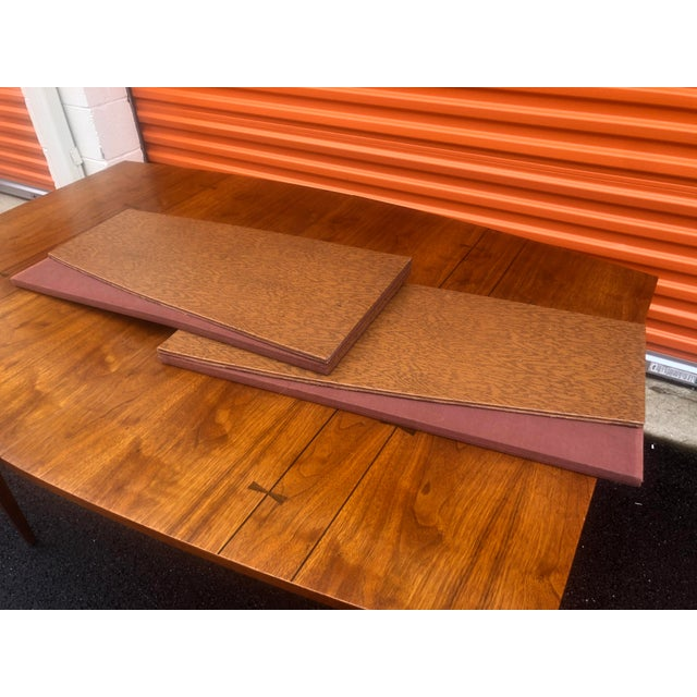 1960s Mid Century Modern Lane Bow Tie Tuxedo Dining Table For Sale In Baltimore - Image 6 of 7