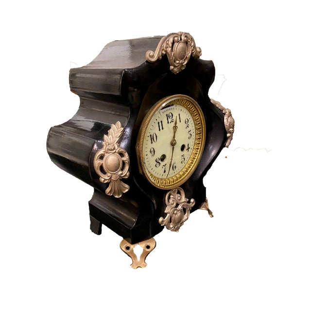 French 19th Century French Black Gilded Clock For Sale - Image 3 of 9