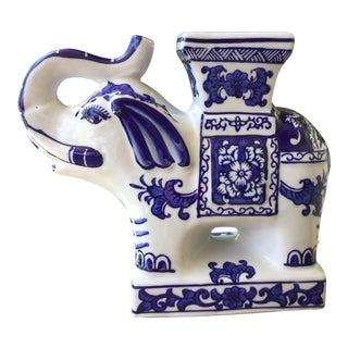 Chinoiserie Style Blue and White Elephant Pedestal For Sale