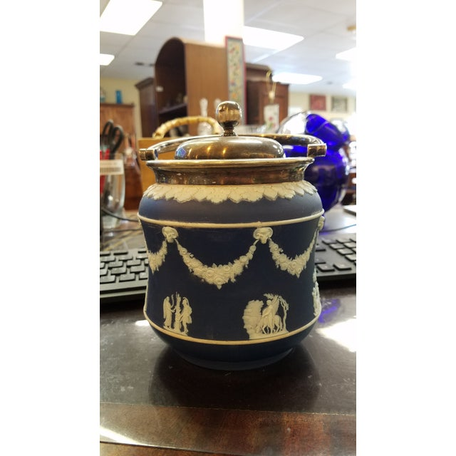 Wedgwood Biscuit Box - Image 2 of 4