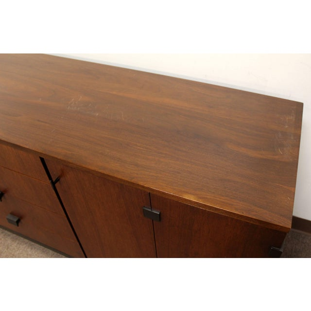 Walnut Mid-Century Modern Merton Gershun for Dillingham Walnut Credenza and Hutch, 60's For Sale - Image 7 of 10