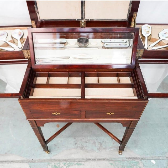George Betjeman & Sons Dressing Vanity Table For Sale In Miami - Image 6 of 13