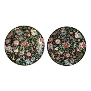 Chinoiserie Mille Fleur Noir Decorative Plates - a Pair For Sale