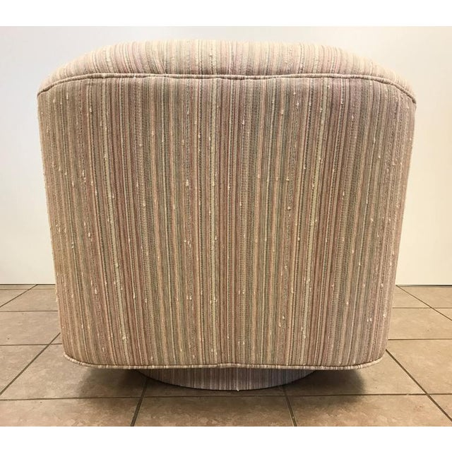 1970s Pair of Swivel Lounge Chairs by Directional For Sale - Image 5 of 6