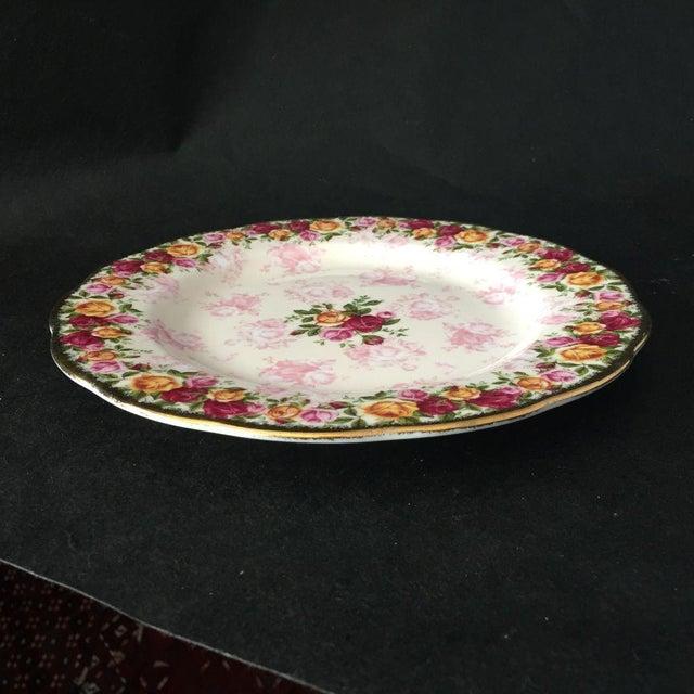 Royal Albert Rose Pattern English Bone China Plate - Image 2 of 5