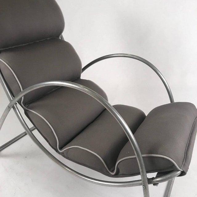 Art Deco Pair of Halliburton Lounge Chairs, 1930s Art Deco Machine Age Modernist Design For Sale - Image 3 of 10