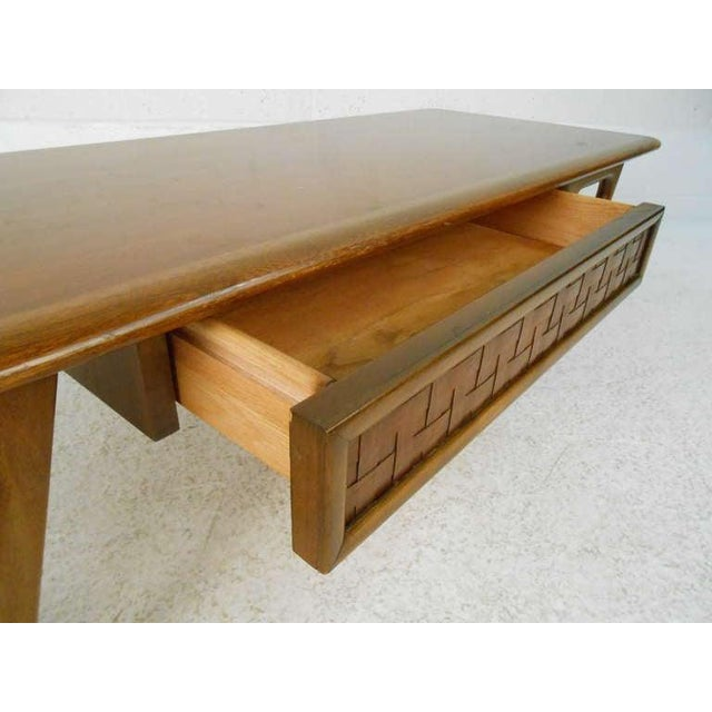Lane Furniture Vintage Walnut Coffee Table by Warren Church for Lane For Sale - Image 4 of 6