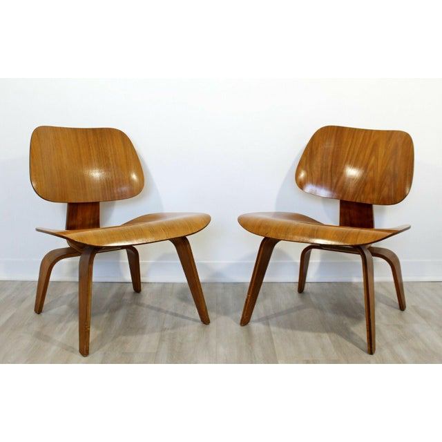 For your consideration is a phenomenal pair of original, early, molded LCW side chairs, by Charles Eames, circa the 1950s....