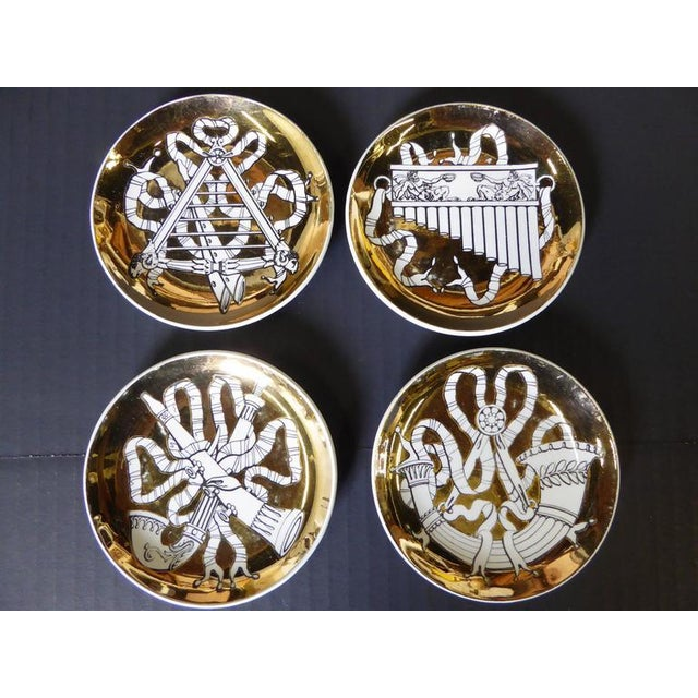Ceramic Set of Eight 1950s Piero Fornasetti Musicalia Canapés For Sale - Image 7 of 8