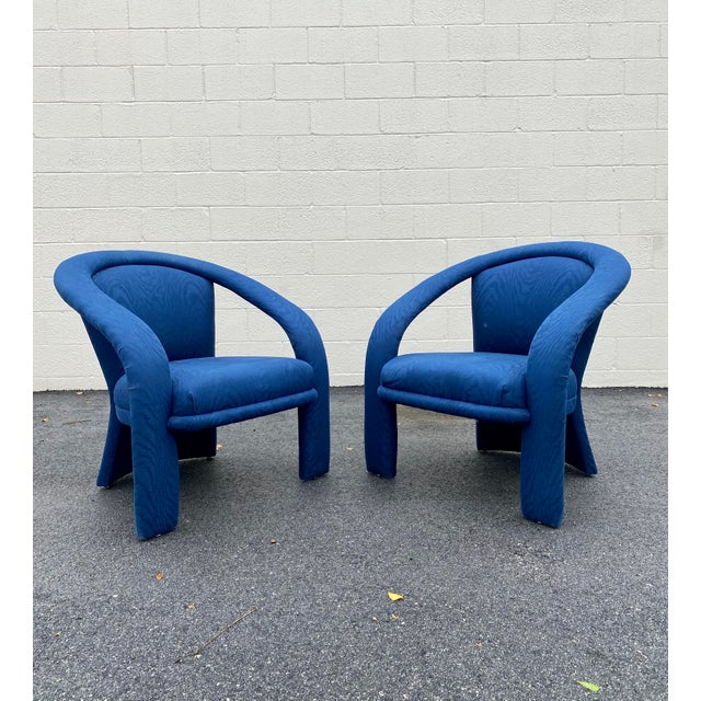Stylish and very handsome rare sculptural chairs by Carson's. These sculptural chairs are the most stunning example of the...