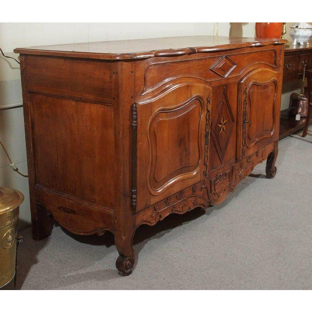 18th Century French Walnut Carved and Inlaid Sideboard, circa 1770 - Image 7 of 7