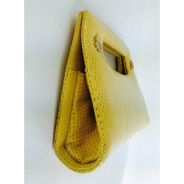 Yellow Judith Leiber Yellow Karung Structured Handle Clutch Handbag For Sale - Image 8 of 10