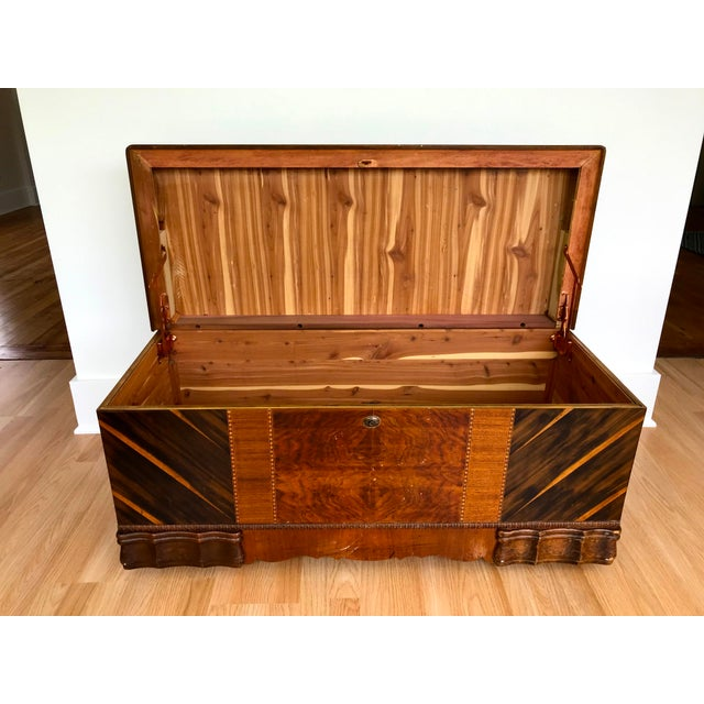 Art Deco Art Deco Waterfall Storage Trunk For Sale - Image 3 of 13