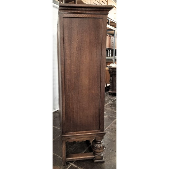 Antique French Renaissance Revival Carved Oak Glazed Bookcase For Sale In San Diego - Image 6 of 8