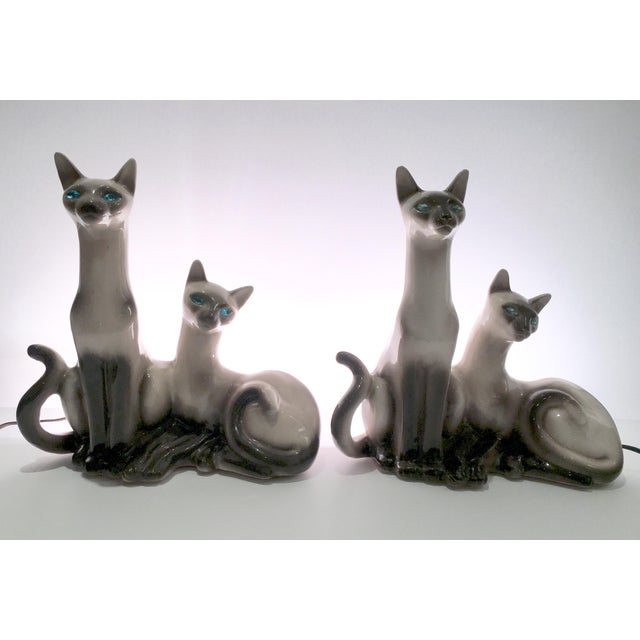 Hollywood Regency Vintage Siamese Twin Ceramic Cat Lamps - A Pair For Sale - Image 3 of 8