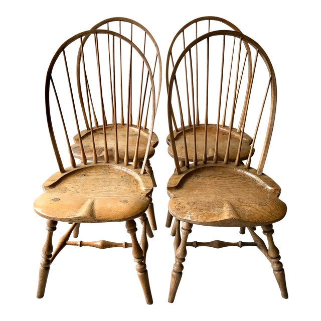 19th Centur Early American Antique Oak Windsor Chairs - Set of 4 For Sale