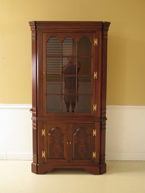 Charmant Pair Of Councill Craftsmen Chippendale Mahogany Corner Cabinets. They Are  Approx. 10 Years Old