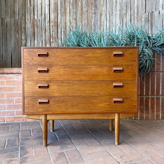 1950s Børge Mogensen for Søborg Danish Modern Teak Chest For Sale - Image 11 of 12