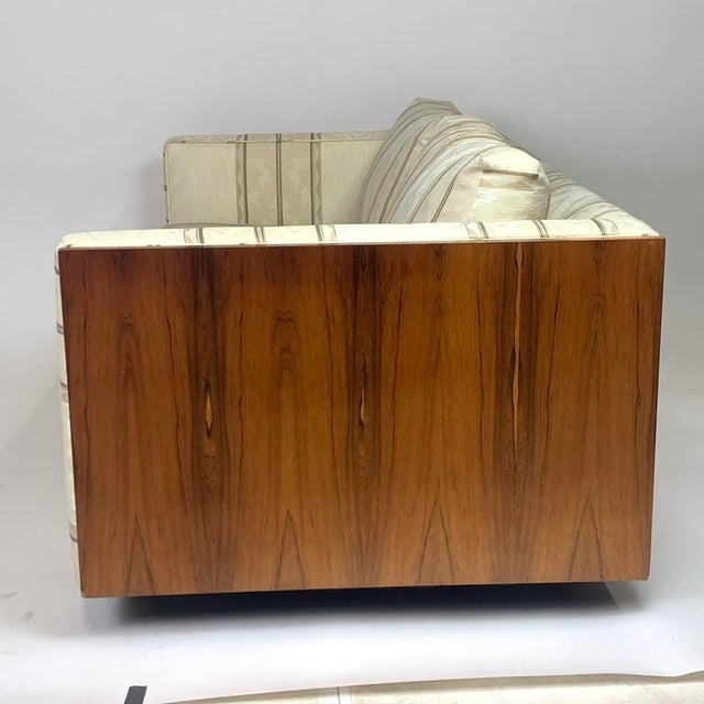 Contemporary Milo Baughman Floating Cased Rosewood Tuxedo Sofas / Settees - a Pair For Sale - Image 3 of 13