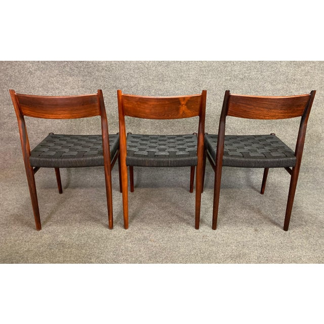 Wood Set of Six Vintage Mid Century Danish Modern Rosewood Dining Chairs Model #418 by Arne Vodder for Sibast For Sale - Image 7 of 12