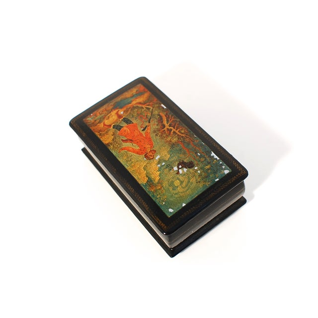 Hollywood Regency Russian Lacquer Box with Hinged Lid For Sale - Image 3 of 7