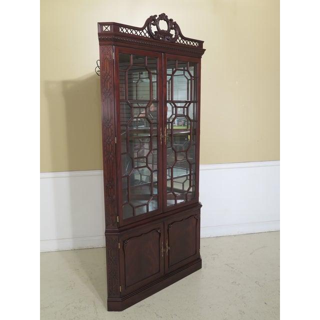 2000 - 2009 Henkel Harris Model #1192 Chippendale Mahogany Corner Cabinet For Sale - Image 5 of 13