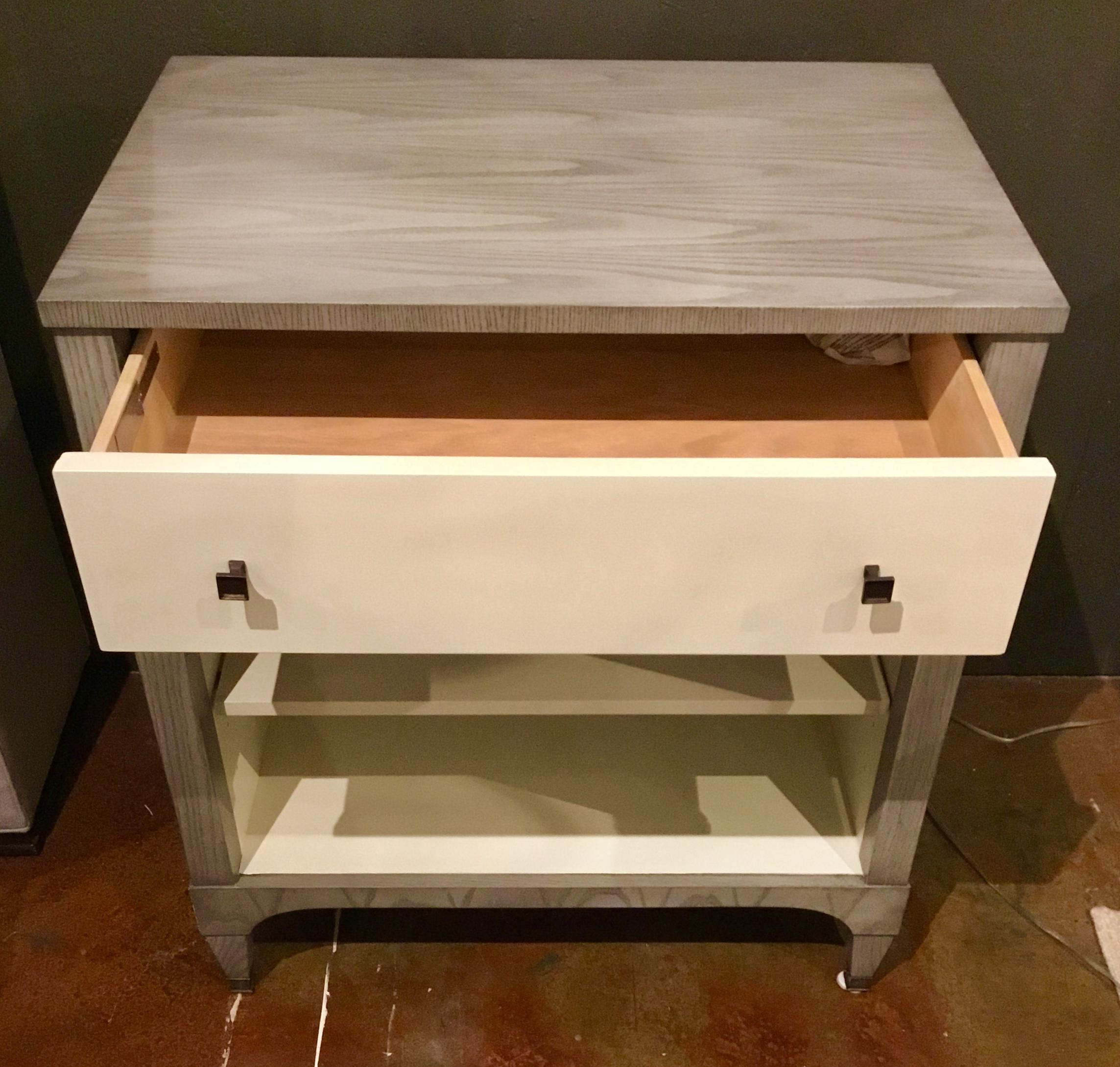 Ordinaire Contemporary Contemporary Hickory Furniture Co. Off White Side Tables   A  Pair For Sale