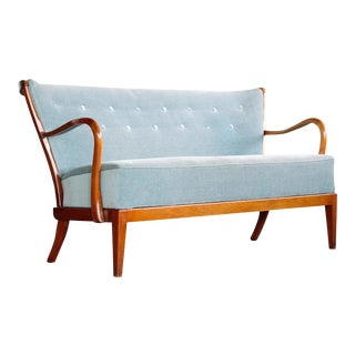 Fritz Hansen Attributed 1940s Sofa or Settee With Open Armrests and Spindle Back For Sale