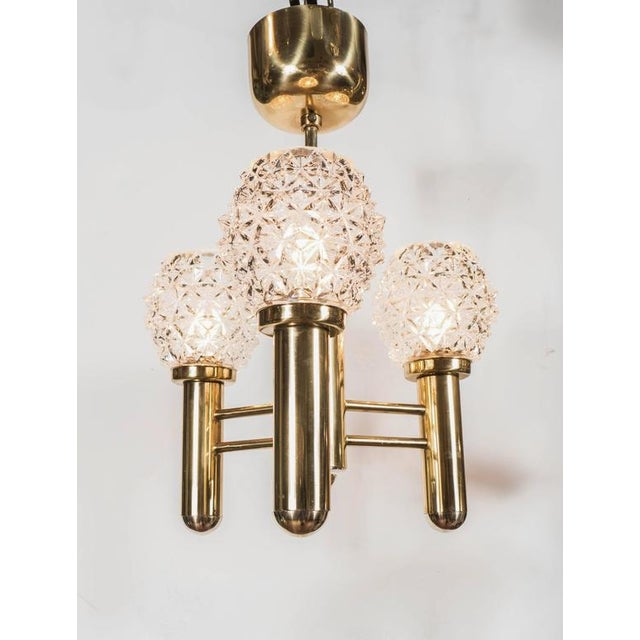 Brass Sophisticated Three-Arm Chandelier in Brass with Crystal Shades by Richard Essig For Sale - Image 7 of 10