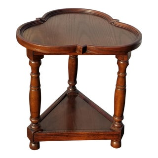 Vintage French Country Clover Leaf Oak 3 Legs Side End Table For Sale