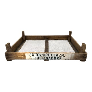 Vintage Rustic Tulip Crate For Sale