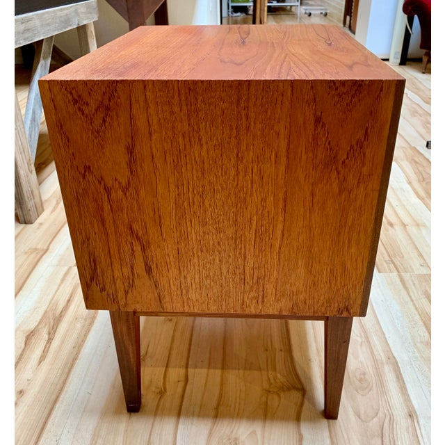 1960s Danish Modern Teak and Rosewood Nightstand For Sale - Image 4 of 13