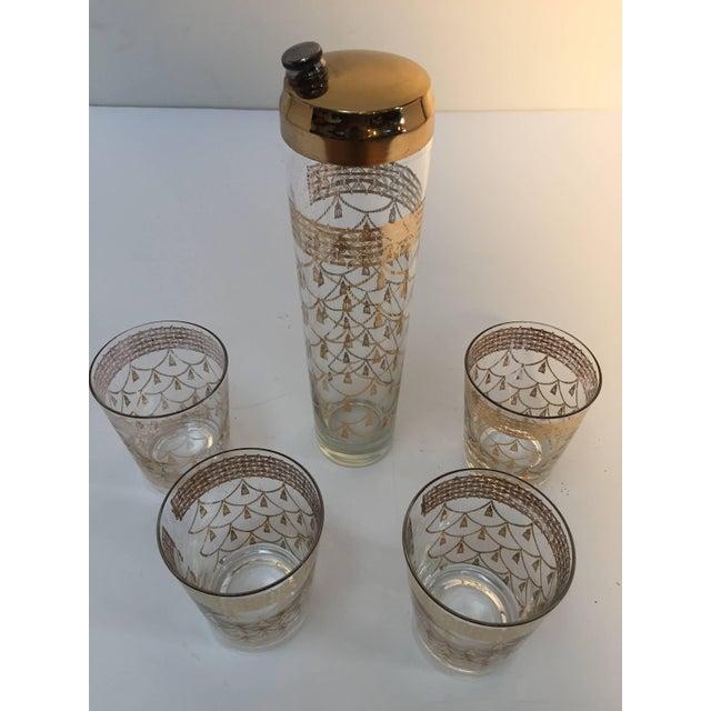 Hollywood Regency Vintage Cocktail Set of Midcentury Barware Glasses With Cocktail Shaker For Sale - Image 3 of 10
