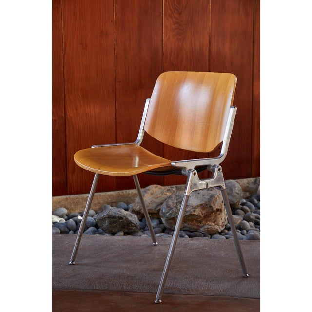 Italian 1960s Vintage Giancarlo Piretti for Castelli Stackable Chairs- Set of 6 For Sale - Image 3 of 9
