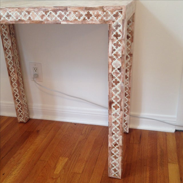 HD Buttercup Shell Inlay Trellis Console - Image 4 of 11