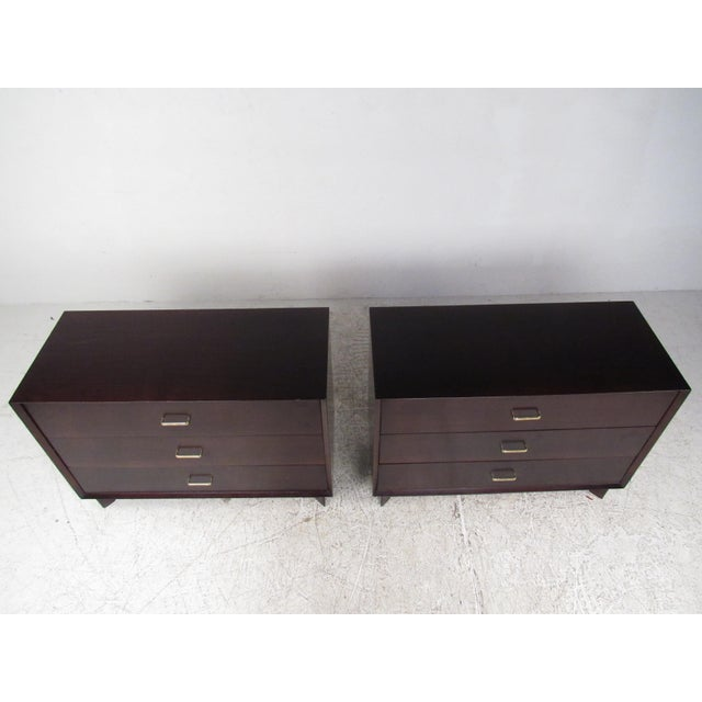 Mid-Century Modern Pair of Mid-Century Modern Mahogany Bachelor's Chests For Sale - Image 3 of 9