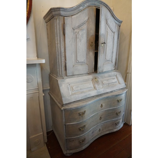 Painted Gustavian secretaire. Circa Early 19th Century.