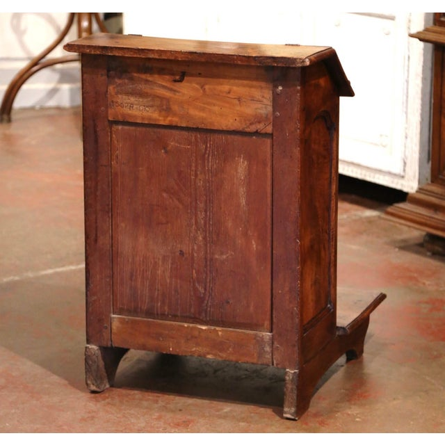 Mid-19th Century French Louis XIII Carved Walnut Prie-Dieu Prayer Kneeler For Sale - Image 12 of 13