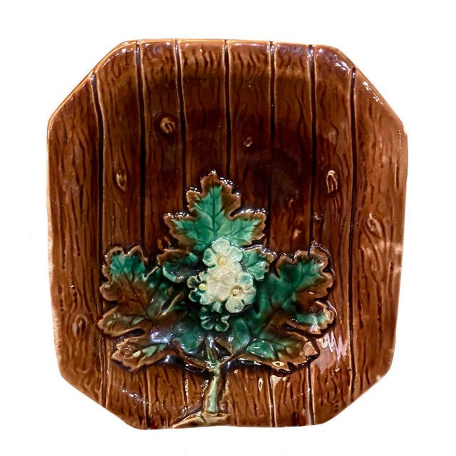 19th Century Majolica French Porcelain Catchall Dish For Sale - Image 5 of 5