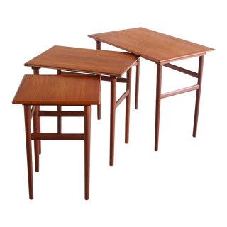 1960s Mid Century Modern Dyrlund Teak Nesting Tables - Set of 3 For Sale