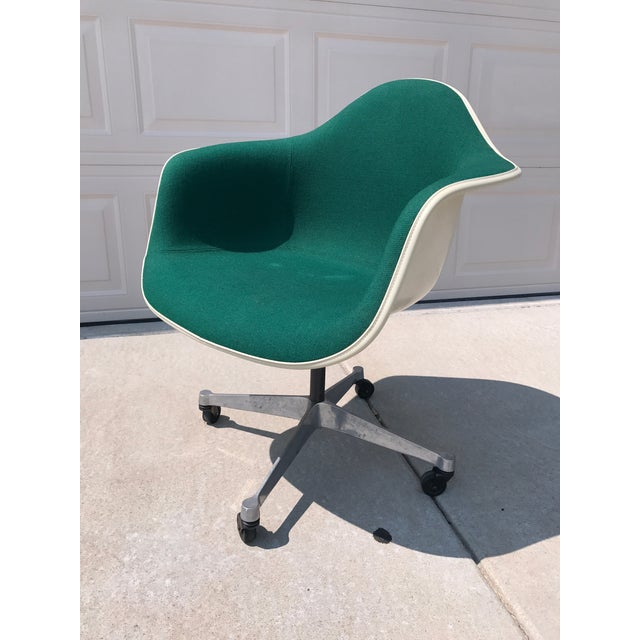 Herman Miller Eames Rolling Shell Chair - Image 3 of 11