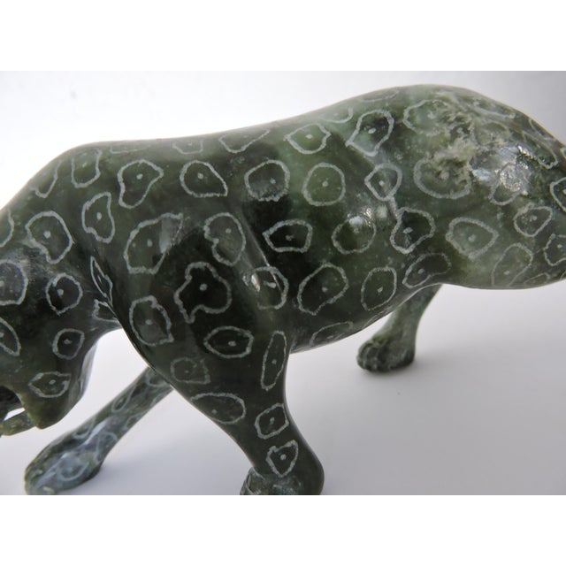 Stone Chinese Jadeite 'Cloud Leopards' - Sculptures / Statues, a Pair For Sale - Image 7 of 8