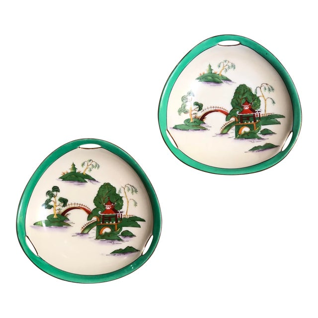 Midcentury Pair of Chinoiserie Noritake Triangular Plates With Handles For Sale