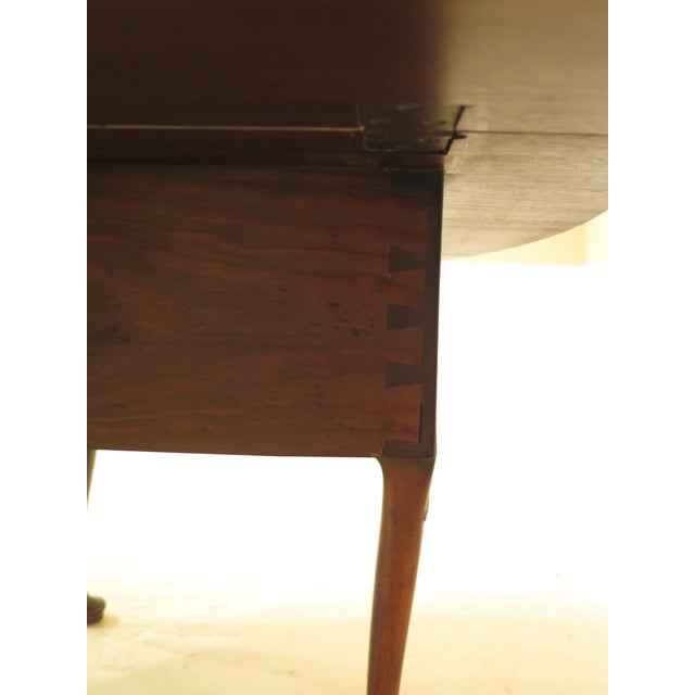1960s Queen Anne Kittinger Colonial Williamsburg Mahogany Drop Leaf Table For Sale - Image 9 of 12