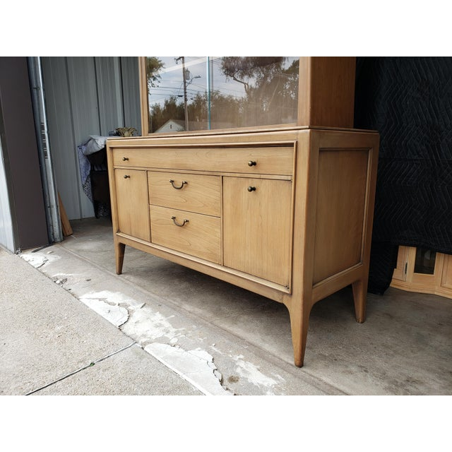Century Furniture Vintage 1960's Century Furniture China Cabinet For Sale - Image 4 of 10