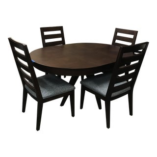 Thomasville Furniture Studio 1904 Collection Timber Finish Dining Set For Sale