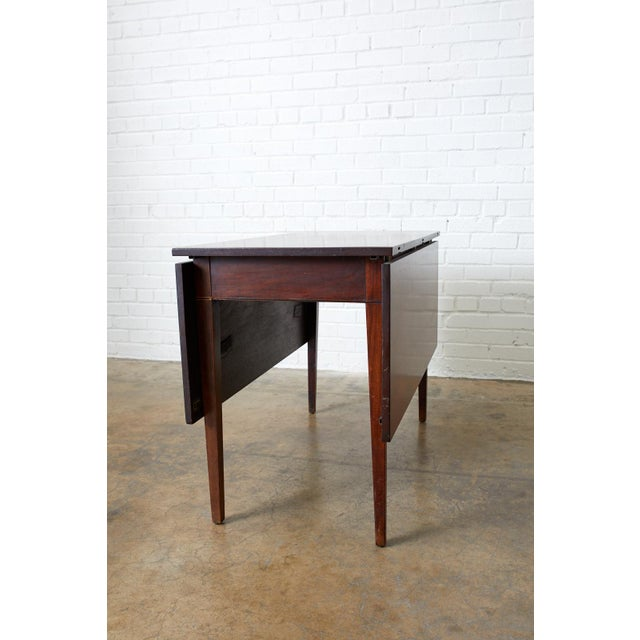 English Hepplewhite Mahogany Dining Table With Demilunes For Sale - Image 10 of 13