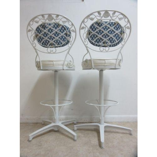 Rare Vintage Woodard Wrought Iron Out Door Patio Counter Bar Stools - a Pair For Sale - Image 9 of 10